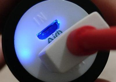 led bleu aukey batterie externe