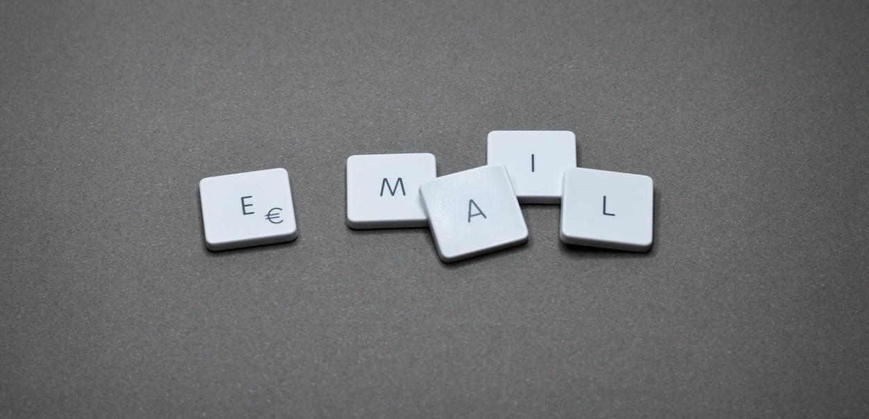 Réception plusieurs fois du même mail sur Outlook